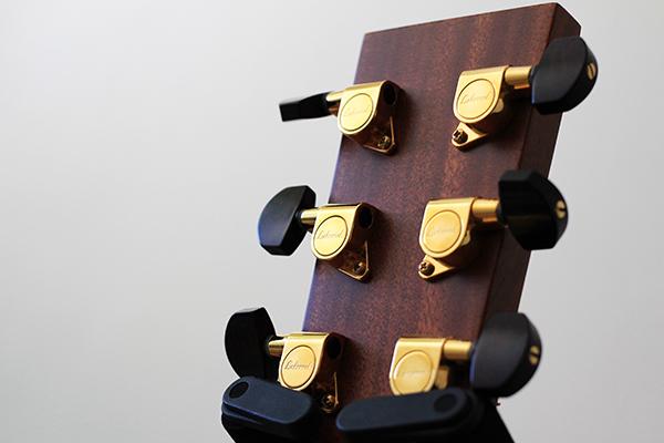 保養吉他 - 弦鈕