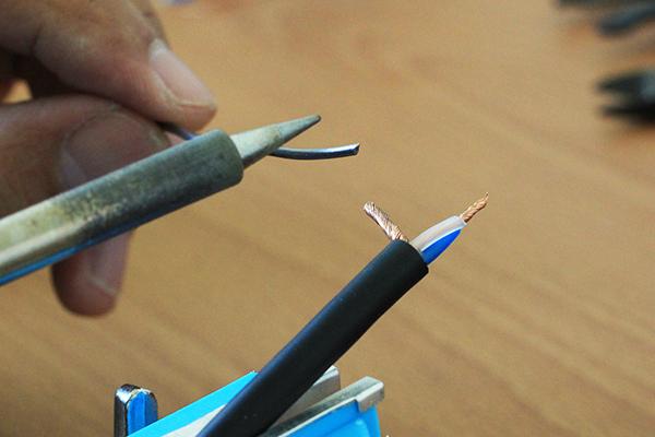 吉他導線 - 預先上焊錫