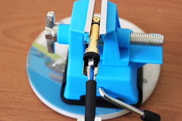 木吉他導線 - 焊接火線